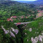 Viaductul Crivadia si turnul de apărare